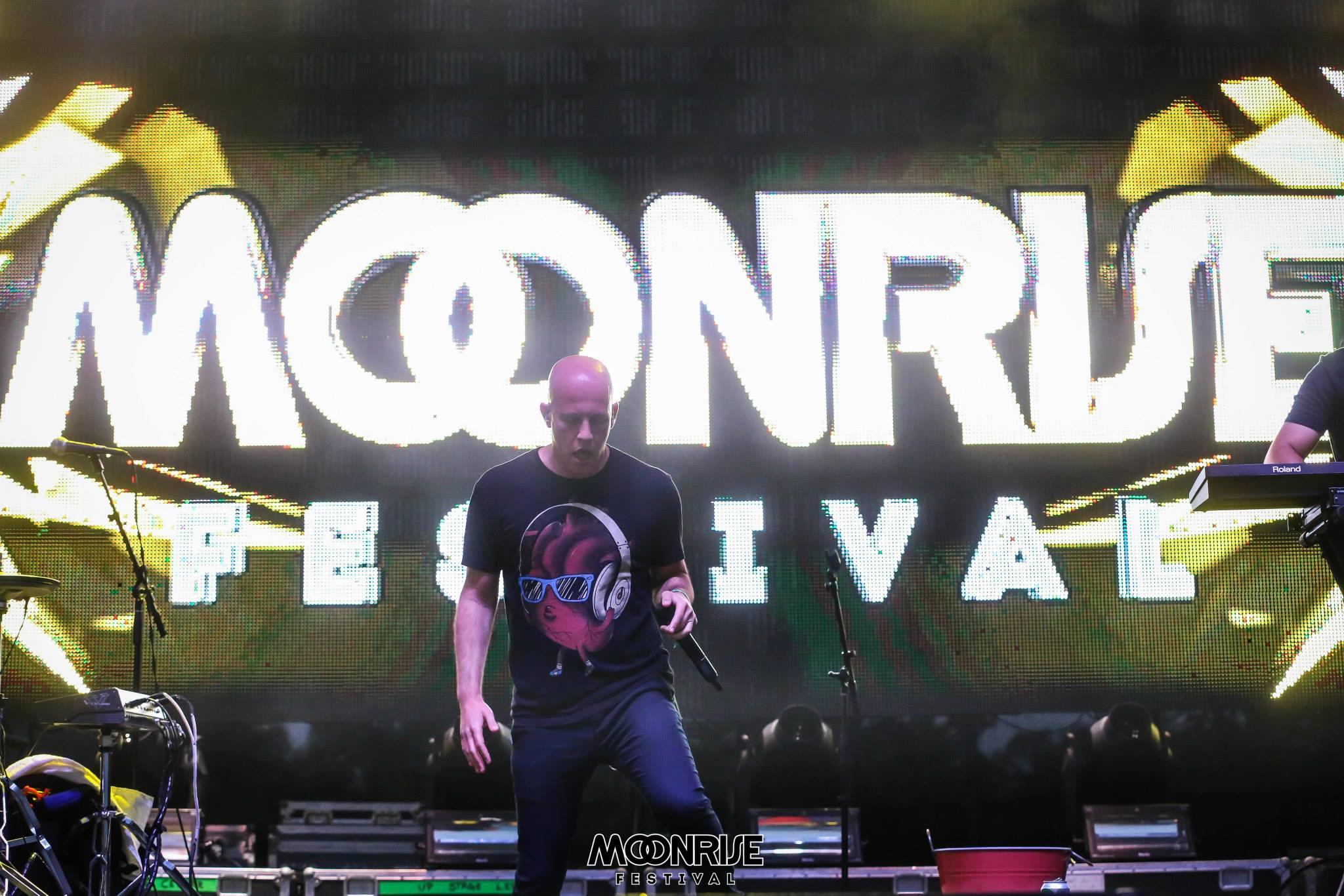 Moonrise – Lunar Stage